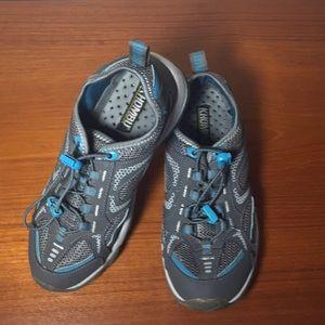 Khombu Womens Water shoes Leather Aqua Gray 7